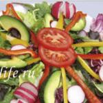 Вкусная и здоровая еда — салат «Кевин» и суп-пюре Грибной