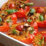 Курица с помидорами в болгарском перце