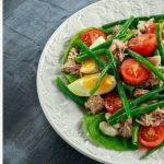Белковый салат с тунцом и стручковой фасолью