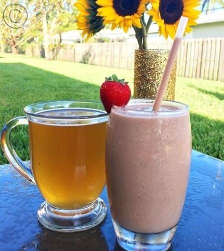 чай NRG и коктейль на завтрак