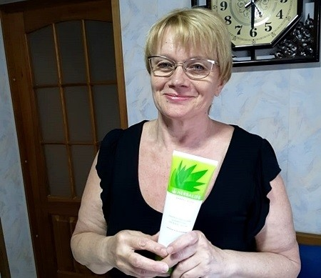 подарок - шампунь гербал алоэ